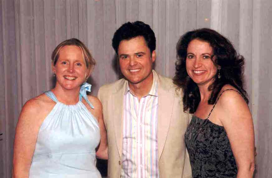 Kelly Delaney & Sue Tabb spend time wiht Donny Osmond at Magic 106.7's Exceptional Women Luncheon